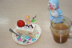 ケーキもいただきま~す